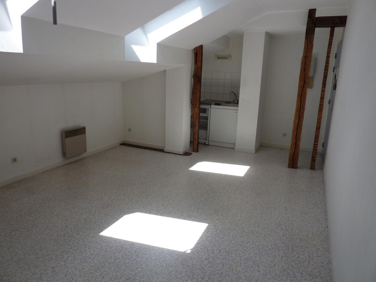 Studio, rue François Chénieux, Limoges (Réf 117)