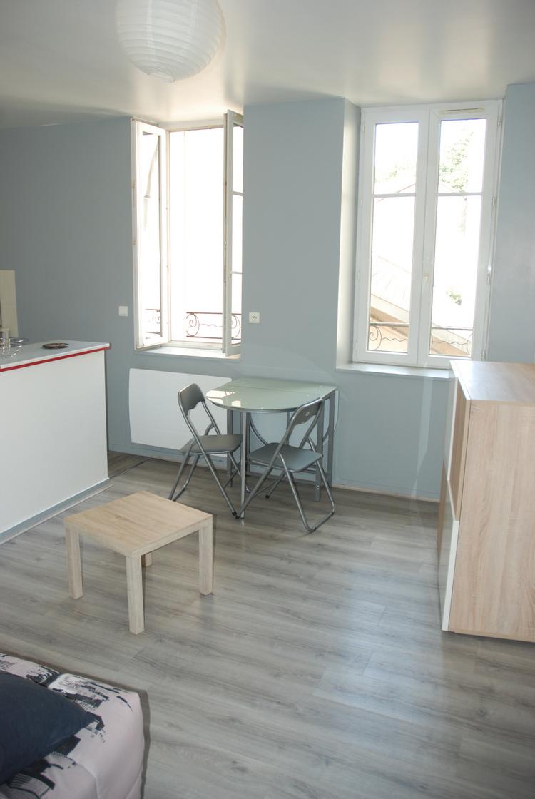 Studio, avenue du Général de Gaulle, Limoges (Réf 261)